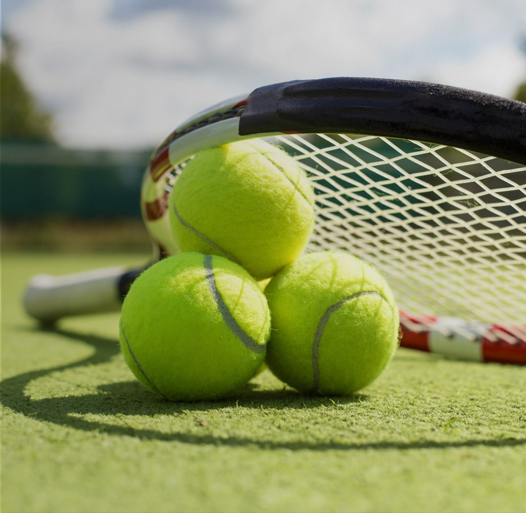 Большой теннис клубы в москве случайное стрептиз ночной клуб